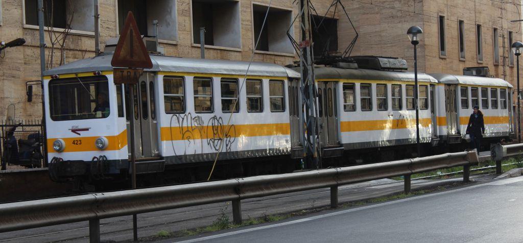 rzym-t-tramwaj-zolty-img_9730