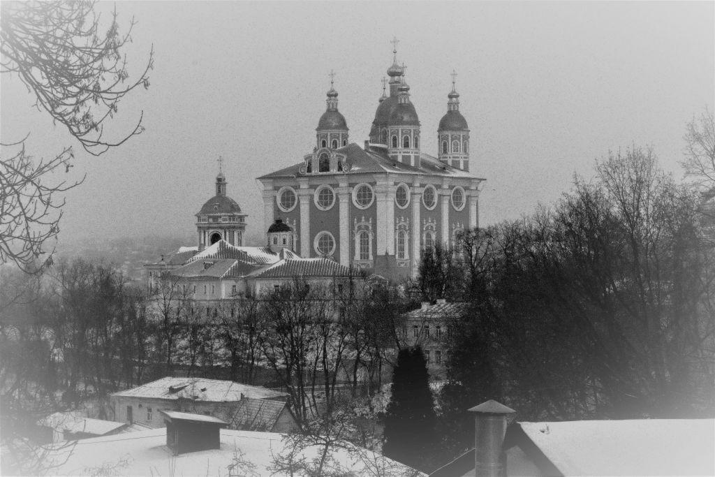 Smoleńsk. Widok na górujący ponad miastem Sobór Zaśnięcia Matki Bożej. Fot. Jerzy S. Majewski