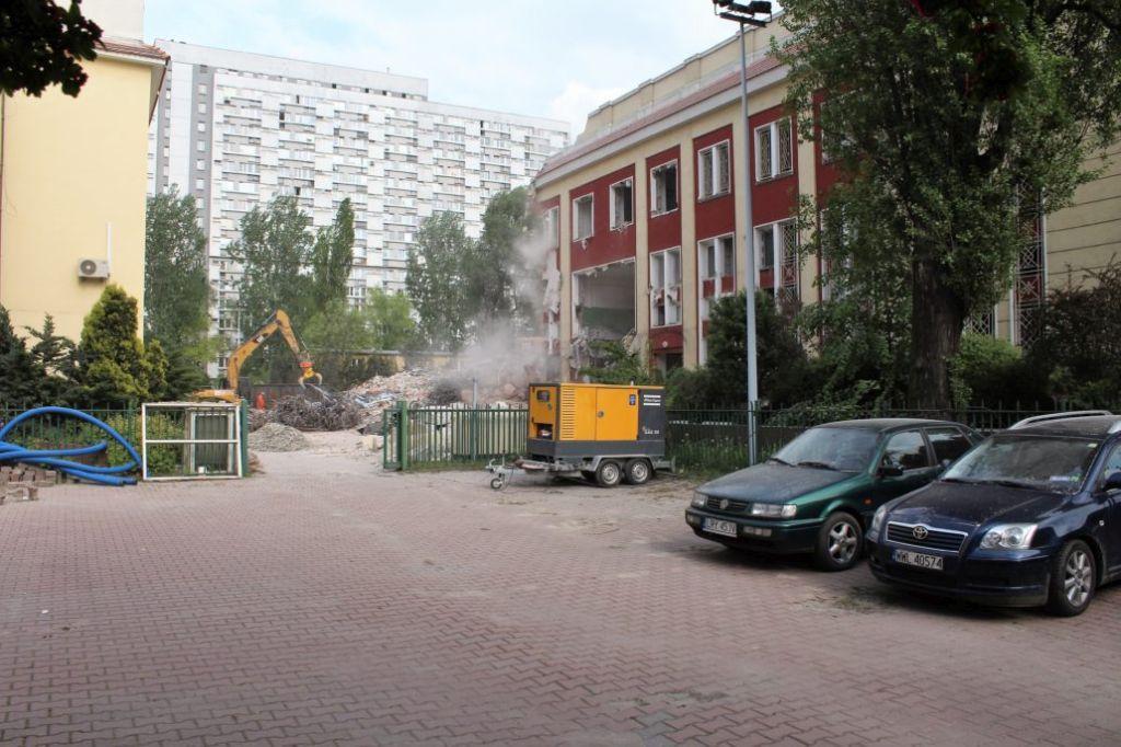 Warszawa, Rozbiórka starego gmachu mennicy przy Pereca w maju 2014 r. Fot. Jerzy S. Majewski