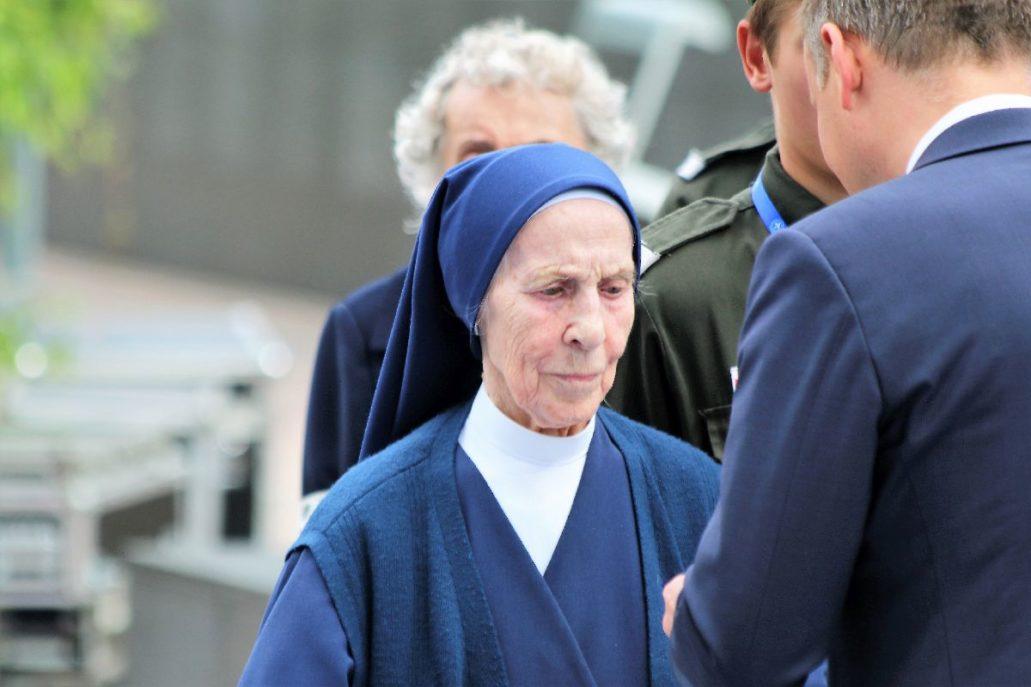 Siostra Lucyna Reszczyńska odznaczana przez Andrzeja Dudę 31 lipca 2017 r. Fot. Jerzy S. Majewski