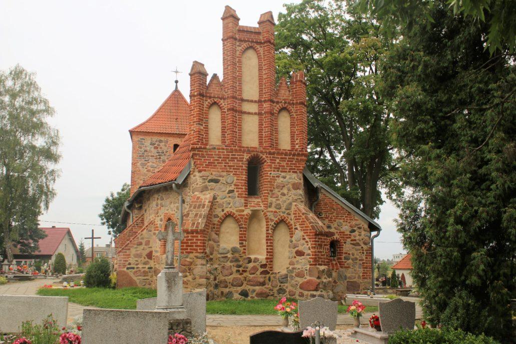 Srebrniki koło Kowalewa Pomorskiego. Kościół Matki Bożej Śnieżnej. Fot. Jerzy S. Majewski