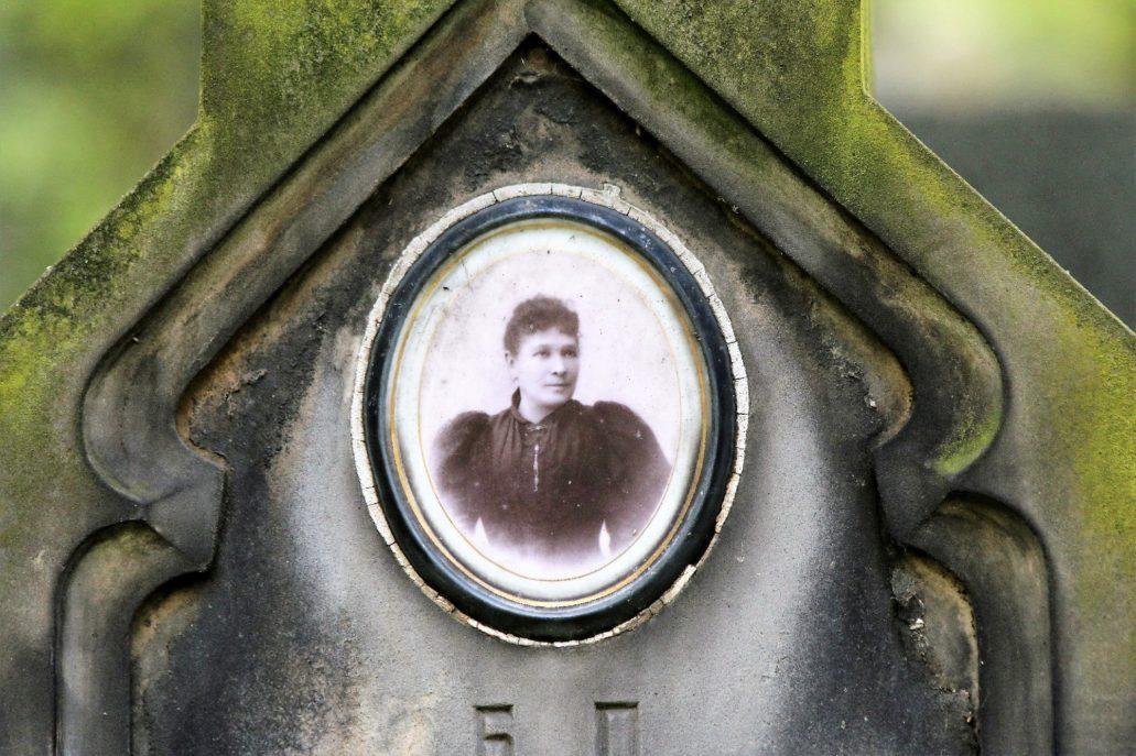 Warszawa, Cmentarz Prawosławny, Elizawieta Aleksandrowna Paluchowska. (1852-1898) Fot. Jerzy S. Majewski