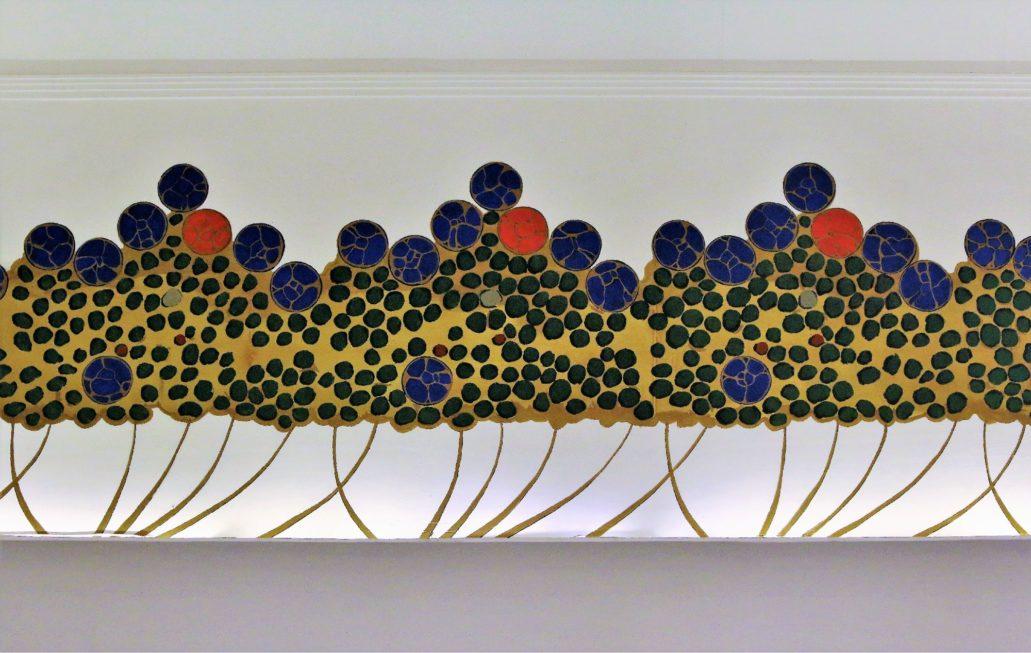 Warszawa.Hotel Bristol. Stylizowana dekoracja malarska Ivana Zelenki nawiązująca do dawnego wystroju hallu głównego. Fot. Jerzy S. Majewski