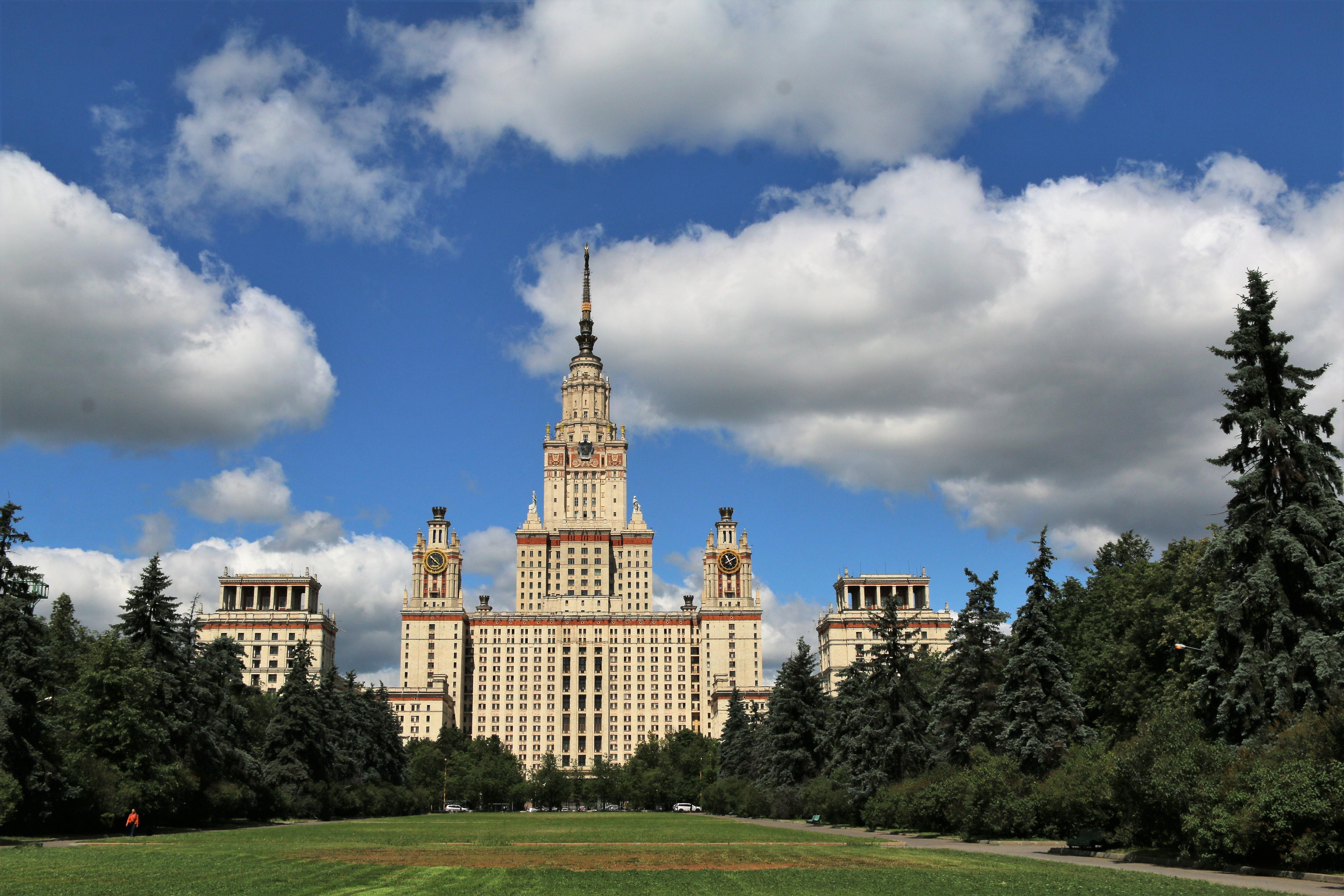 Siedem socrealistycznych wieżowców Moskwy