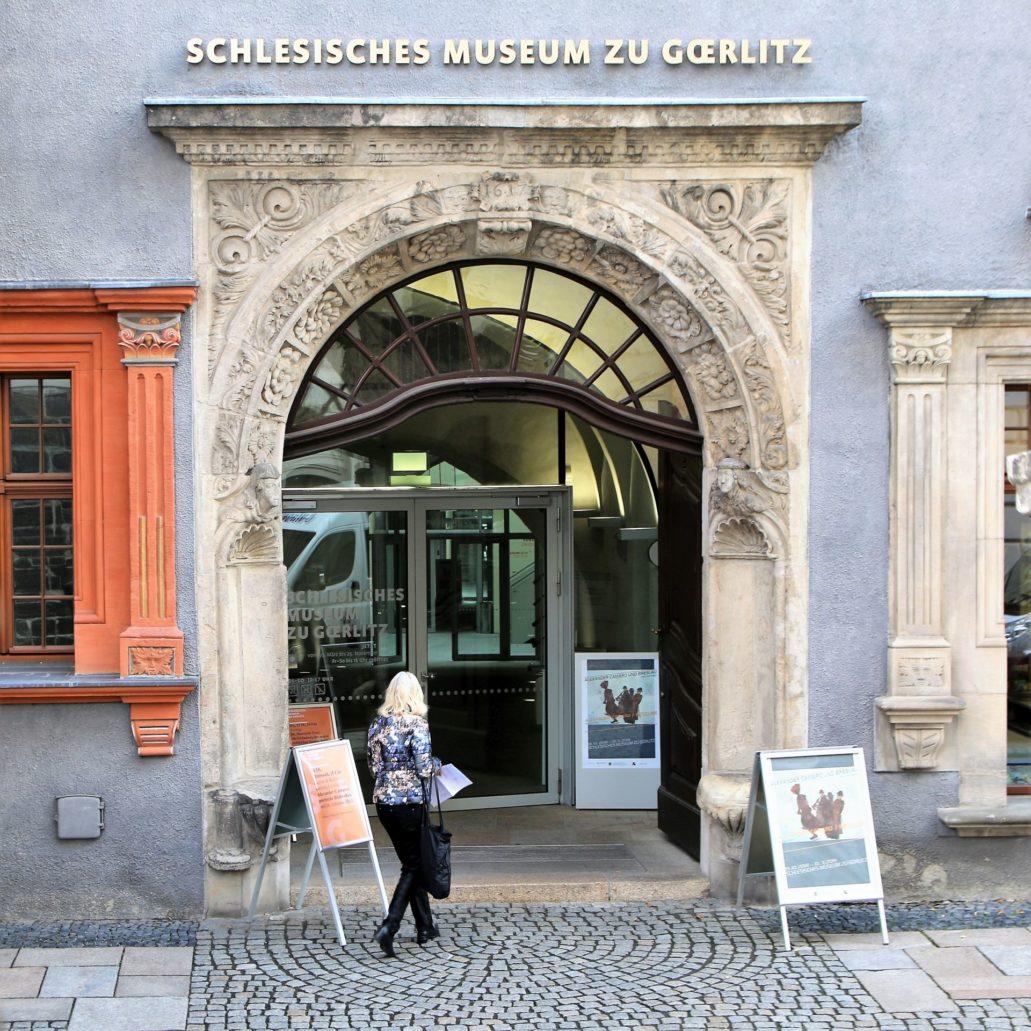 Görlitz. Brüderstraße 8. Renesansowy portal Schönhofu, dzisiejszego Muzeum Śląskiego projektu Wendela Roskopfa. Fot. Jerzy S. Majewski