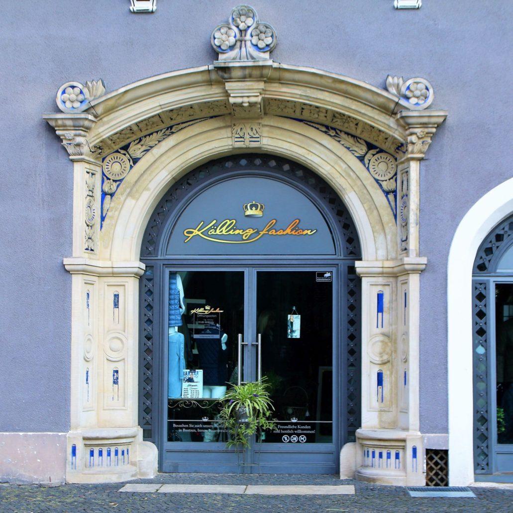 Görlitz. Untermarkt 23. Portal odtworzony w trakcie renowacji budynku już po upadku NRD. Fot. Jerzy S. Majewski