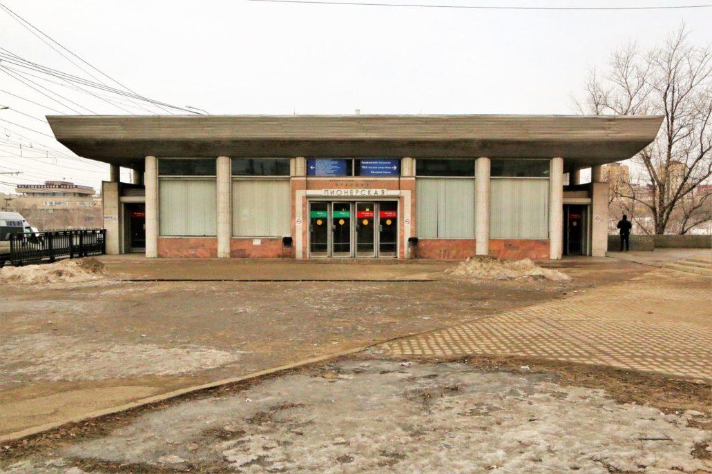 Wołgograd. Szybki Tramwaj. Pawilon zewnętrzny stacji Pionierska otwartej w 1984 r. Fot. Jerzy S. Majewski