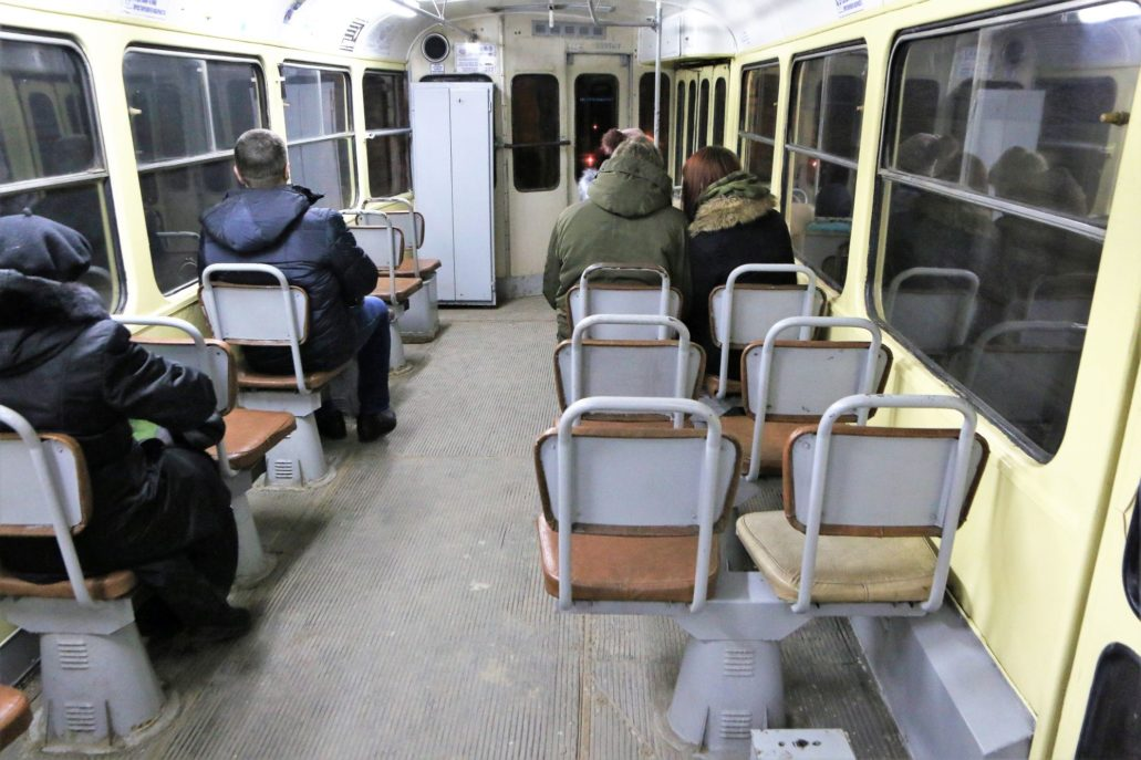 Wołgograd. Szybki Tramwaj. Wnętrze wagonu Tatry S3SU w wersji jednodrzwiowej. Fot. Jerzy S. Majewski