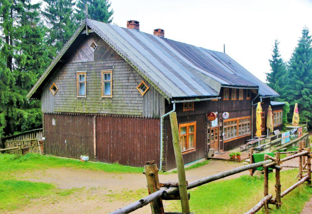 Góry Sowie. Współczesny widok schroniska Sowa. Fot. Jerzy S. Majewski