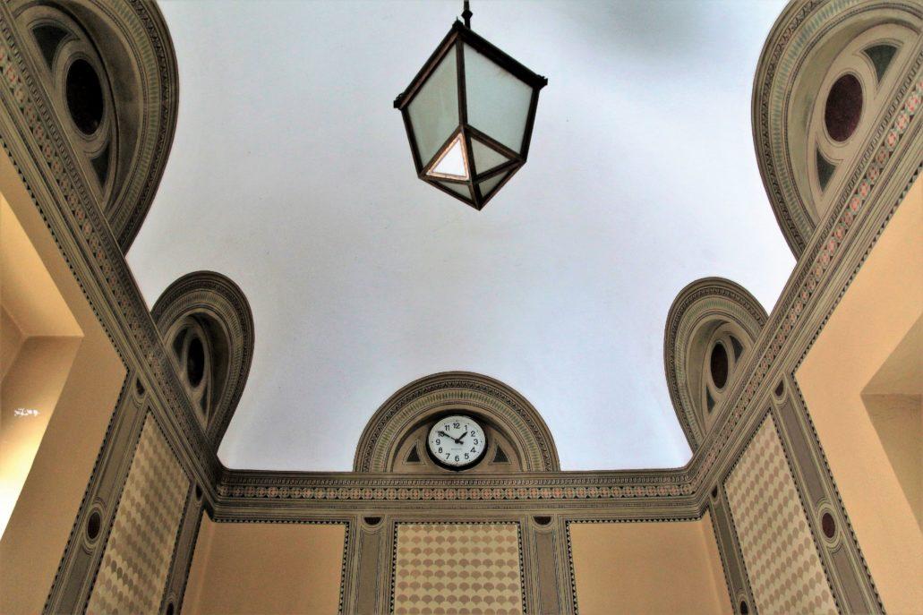 Ferrara. Palazzo delle Poste. Dekoracja malarska przedsionka. Fot. Jerzy S. Majewski