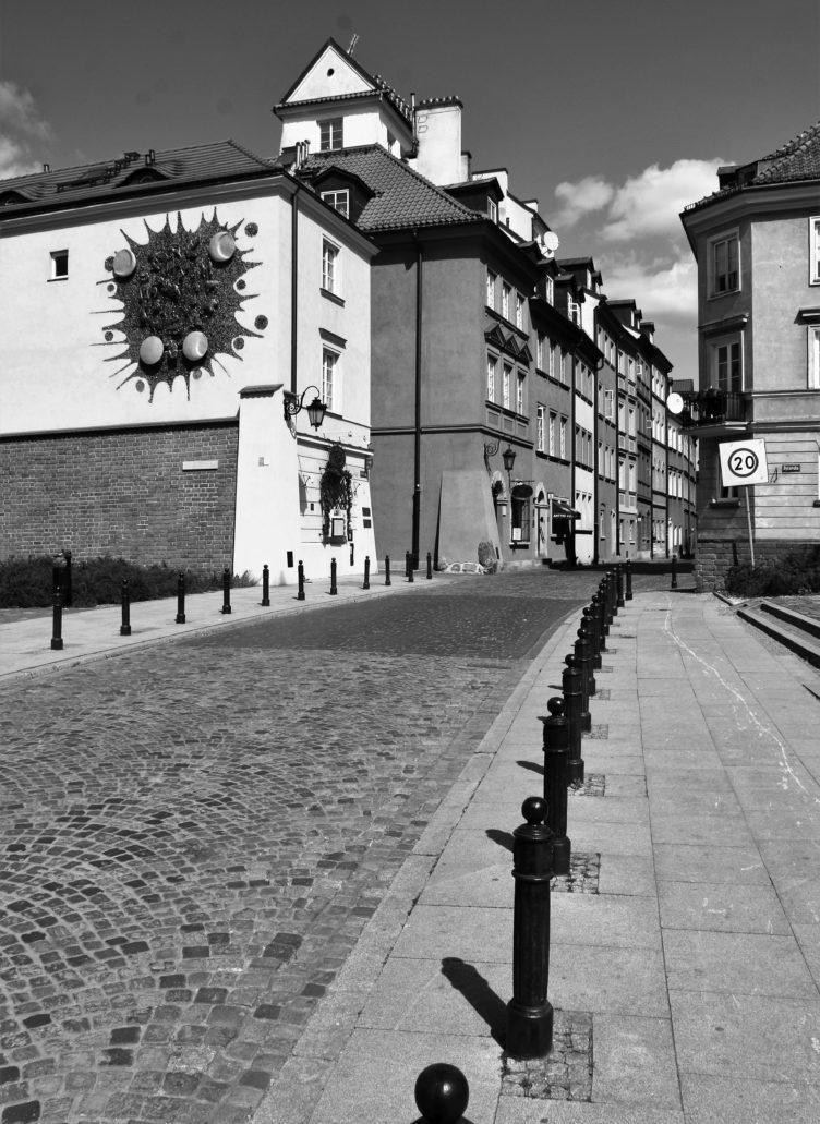 Warszawa. Koronawirus. Ulica Piekarska. Fot. Jerzy S. Majewski