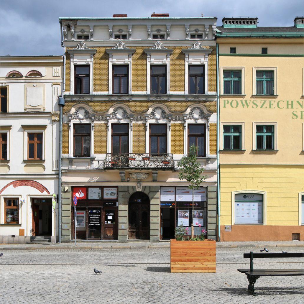 Cieszyn. Kamienica Rynek 16 w pierzei wschodniej. Fot. Jerzy S. Majewski