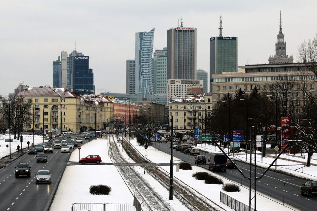 Warszawa. Zimowa panorama centrum od Al. Niepodległości w roku 2017. Fot. Jerzy S. Majewski