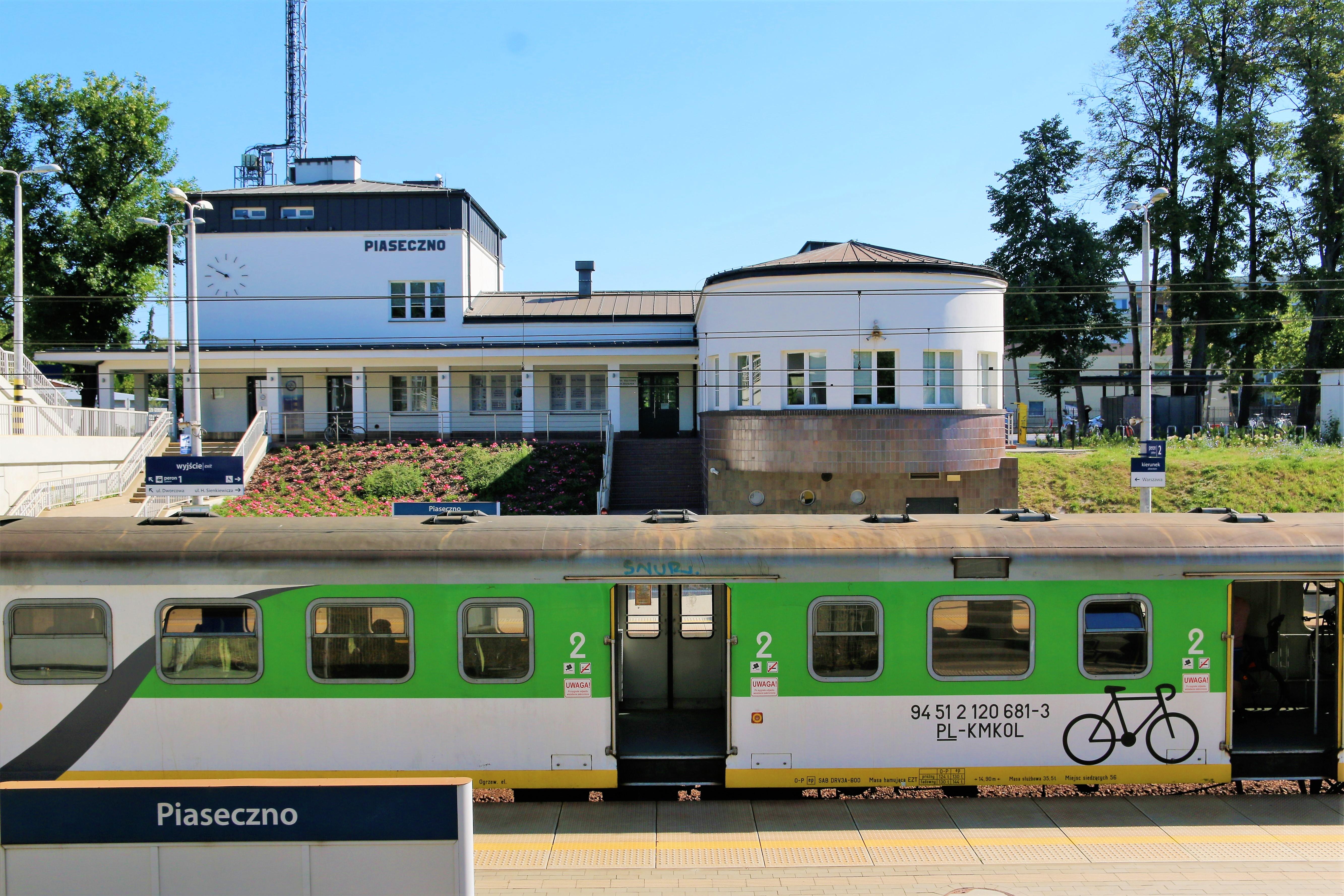 00.piaseczno.dworzec