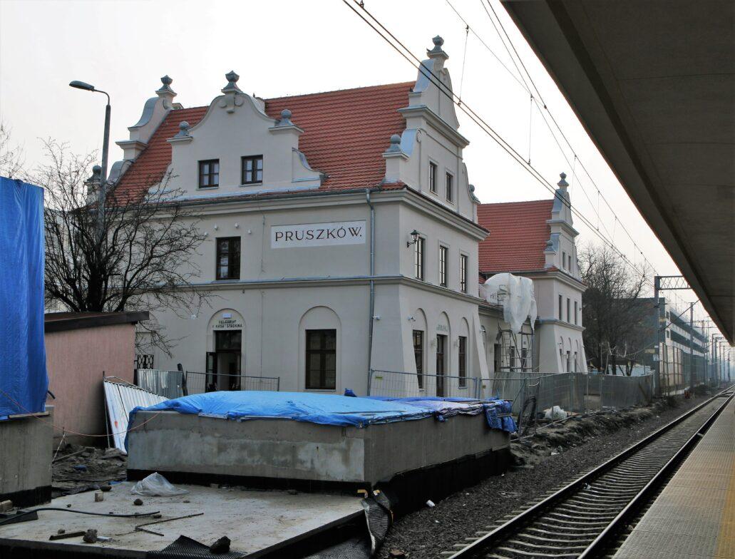 Pruszków. Dworzec kolejowy w trackie prac remontowych. Fot. Jerzy S. Majewski