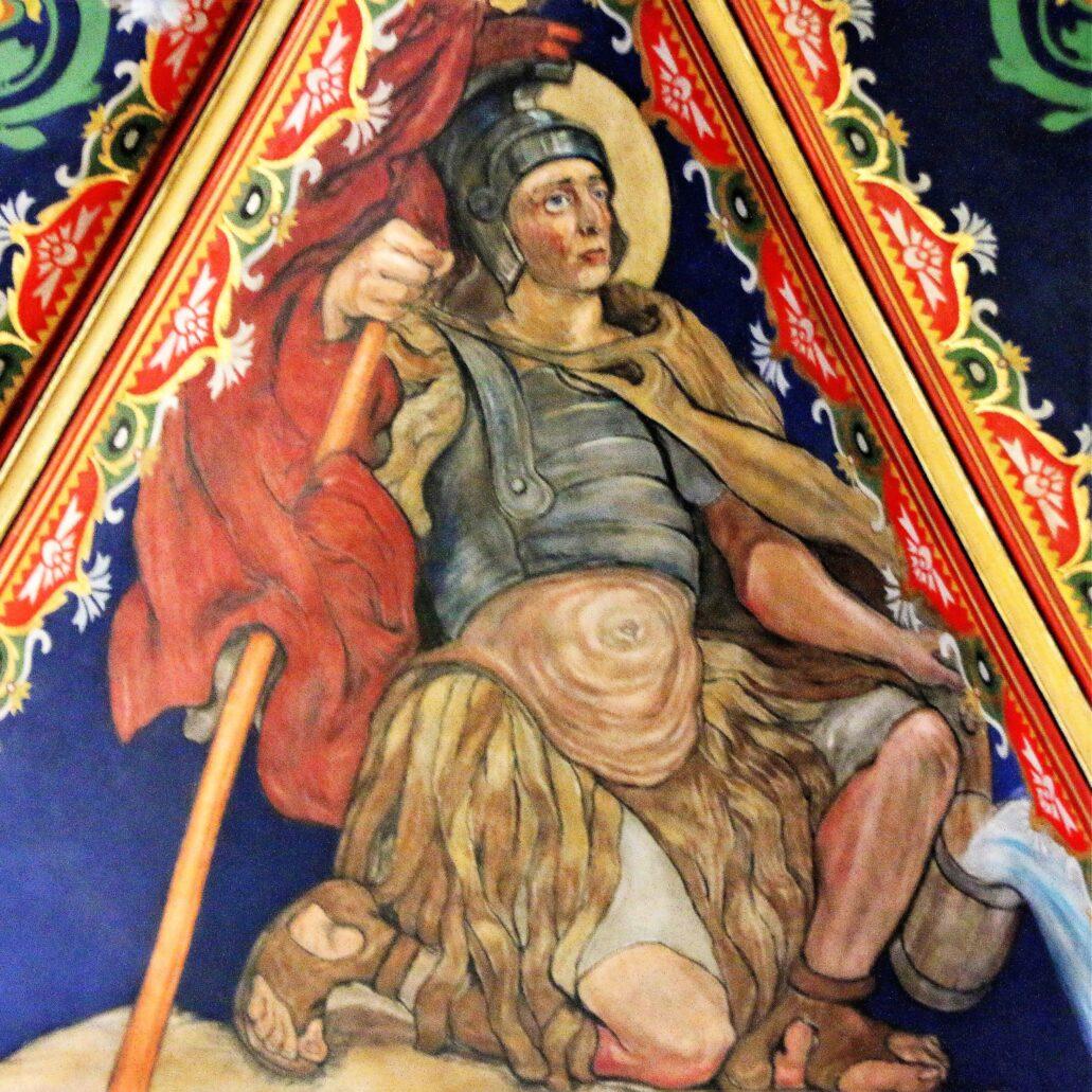 Sosnowiec. Katedra Wniebowzięcia NMP. Św. Florian w stroju rzymskiego żołnierza na sklepieniu nawy głównej. Fot. Jerzy S. Majewski
