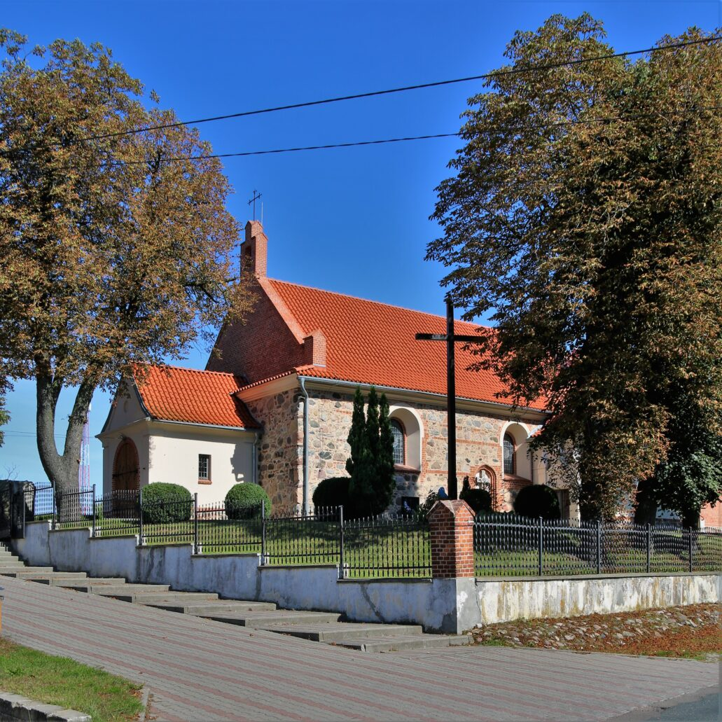 Błędowo koło Grudziądza. Kościół św. Michała Archanioła. Fot. Jerzy S. Majewski
